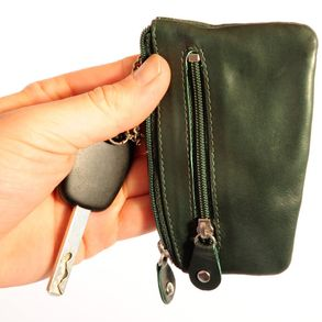Branco – Key case / key holder made out of leather, hunter's green, model 029