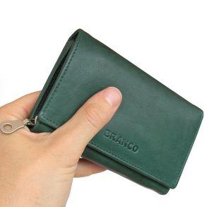 Branco, 265 - Mittelgroße Geldbörse bzw. mittelgroßes Portemonnaie für Damen aus Leder in grün, Frontansicht, von Hand gehalten - 01