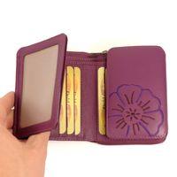 Branco, 29742 - Schicke Geldbörse bzw. schickes Portemonnaie aus Leder für Damen in violett beere, Detailansicht Ausweisfächer - 05