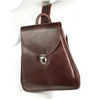 Branco – Small city bag size S / handbag backpack made out of leather, chestnut brown, model br96