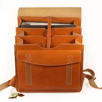 Jahn-Tasche, 670 - Großer, cognac-brauner Lederrucksack bzw. Lehrerrucksack, Aufsicht geöffnet - 04