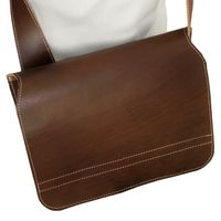 Jahn-Tasche – shoulder bag size M / messenger bag made out of leather, brown, model 680