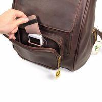 Jahn-Tasche 711 - Großer, brauner Lederrucksack bzw. Laptop Rucksack, Fokus auf geöffnete Front-Außentasche mit Handyfach - 04
