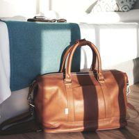 Jahn-Tasche – Mittel-Große Reisetasche / Weekender Größe M aus Nappa-Leder, Cognac-Braun, Modell 698