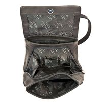 Harolds 445125 - Mittelgroßer, schwarzer Lederrucksack bzw. Rucksackhandtasche, Aufsicht geöffnet mit Fokus auf Fächeraufteilung- 05