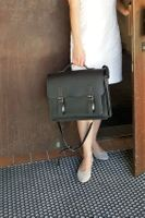 Hamosons – Medium sized briefcase / teacher bag size M made out of leather, black, model 605-8