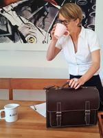 Hamosons – Medium sized briefcase / teacher bag size M made out of leather, brown, model 605-11