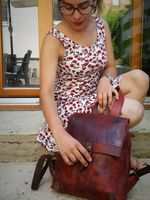 Harolds – Small leather backpack size S / handbag backpack made out of leather, rust red, model 255802-7