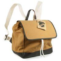 Enter, EHC SS162701  – Mittelgroßer camel-brauner Canvas-Rucksack bzw. Flap Backpack, Seitenansicht mit A4 Aktenordner daneben - 04