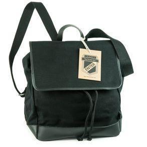 Enter, EHC SS162701  – Mittelgroßer schwarzer Canvas-Rucksack bzw. Flap Backpack, Seitenansicht mit Detailansicht Träger - 02