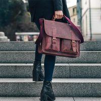 Jahn-Tasche – Kompakte Aktentasche / Businesstasche Größe M aus Büffel-Leder, Rost-Rot, Modell 410